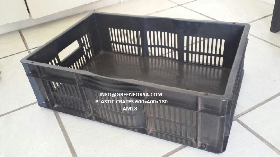 crates-plastic-black-recycled